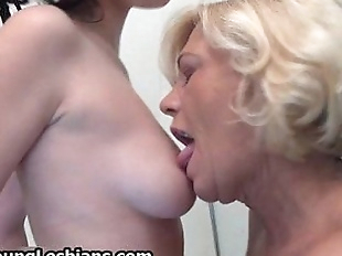 Horny older blonde wife loves having - 5 min