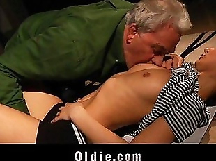 Old man got fuck lesson from young blondeHD
