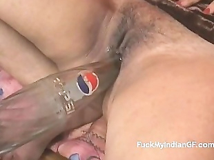 Indian GF Fucking Masturbating With Pepsi Bottle..