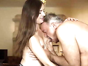 Teen deepthroat blowjob and cumshot from old man..