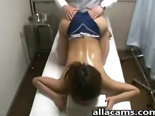 Amateur asian massage! - 5 min